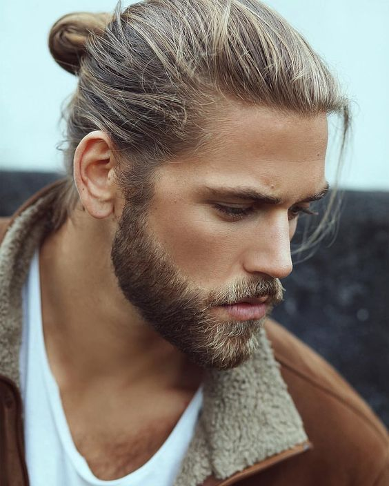 Moda Barba 2019 stile long Stubble